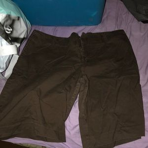 Pants - Brown bermuda Shorts